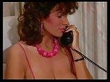 Różowa sekretarka na niemieckim seks-telefonie